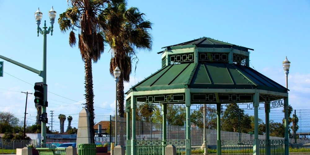 5 Hotels in Compton, California